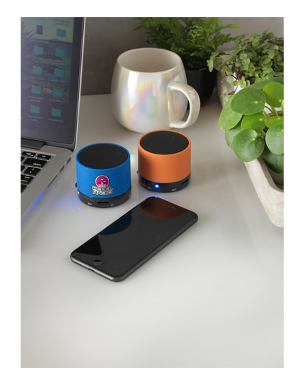 branded duck cylinder bluetooth speaker with rubber finish