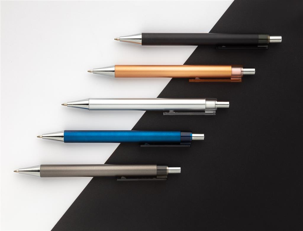 X8 Metallic Pen