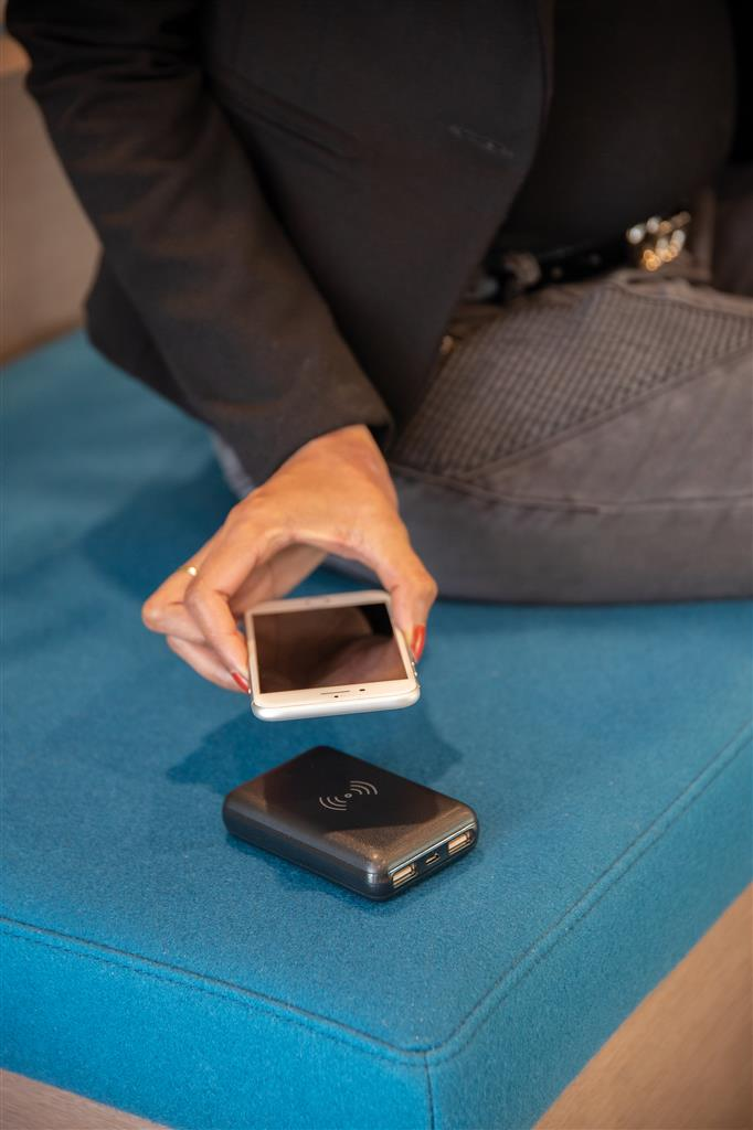 5000mah Wireless 5W Pocket Powerbank